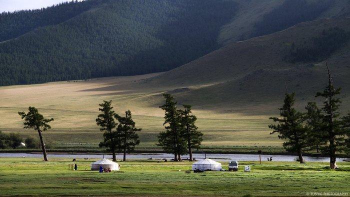 Монголын сайхан орноор... /фото/