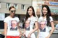 """Миссүүд бэлтэй эрчүүдийг мартаж, Путинд """"хайр"""" зарлаад авлаа"""