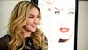 Universal Pictures дуучин Мадоннагийн тухай кино бүтээнэ