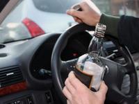Согтуу жолооч 3 хүн гэмтээжээ