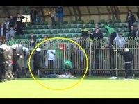 Хөлбөмбөгчдийг тоглолтынх нь үеэр буудан хөнөөжээ