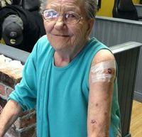 Сахилгагүй шивээсчин эмээ