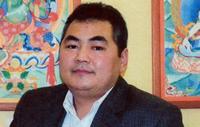Монголоо гадаадад алдаршуулж буй зураач П.Батмягмар