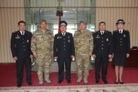 Монгол цагдаа нар энхийг сахиулахаар мордлоо