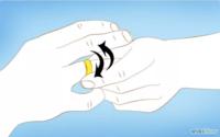 Хуруунд гацсан бөгжийг хэрхэн гаргах вэ