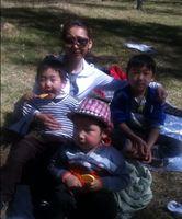 Хөвгүүддээ ээж нь байхыг хүссэн Ё.Соёлням ард түмэндээ хандаж, тусламж хүслээ