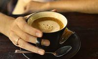 Кофе их уудаг хүний уруул өнгө муутай болдог