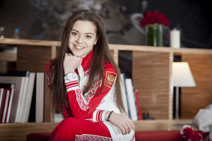 Өнөөдөр Оросын уран гулгагч Аделина Сотникова 20 нас хүрч байна