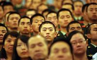 30 сая хятадтай алалцсанаас 75-ыг суудлаас нь чирээд буулгах амархан...