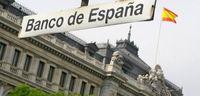 Испани улс банкуудыг төрийн мэдэлд авч эхэллээ