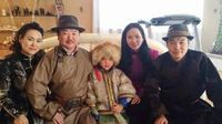 Ихэр хүүхдийн аав болсон найруулагч Б.Чингүүн анхны хүүгээ юунд нуув...
