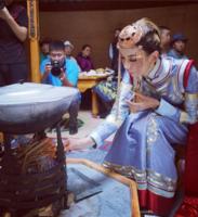 Азийн хатан Г.Оюунгэрэлийн хуримын гэрч олны танил бүсгүйчүүд /Фото/