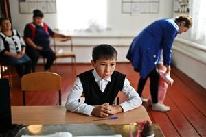 Фото: Ганцхан сурагч, ганц багштай Сибирийн сургуулийн амьдрал