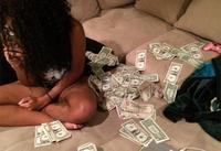 Сүйт бүсгүй хуримаасаа татгалзаад их хэмжээний мөнгө авав