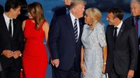 Трамп Макроны гэргийг үнсэхийг хараад Меланья Трюдог үнсжээ